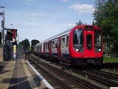 London Underground S Stock 21068 and 21067 at Ruislip (CoachAlex1996) Tags: londonunderground