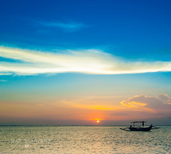 Make the most of yourself, for that is all there is of you. (Nathalie Stravers) Tags: sunset bali seascape beach indonesia jerman nikond700 natstravers