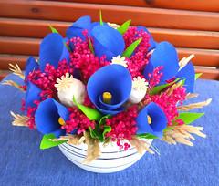 composizione floreale blu