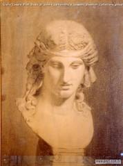 Giulio Cesare Prati Busto di donna carboncino e gessetto 65x48cm Collezione privata