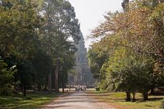 East entrance to Angkor Wat (Andrea Schaffer) Tags: siemreap cambodia 2014 january angkorwat eastgate backentrance canonefs1755mmf28isusm ព្រះរាជាណាចក្រកម្ពុជា preăhréachéanachâkkâmpŭchéa kampuchea canon450d cambodge unescoworldheritagesite