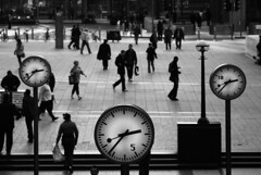 Time (the bbp) Tags: street uk england people blackandwhite bw london strada unitedkingdom watch streetphotography bn persone hour londres ora orologio londra regnounito biancoenero inghilterra orario thebbp