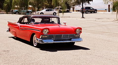 1957 Ford Fairlane (Phoebus58) Tags: arizona usa cars america vintage river desert lac desierto roadside quai lakehavasu