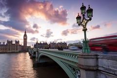 Westminster Bridge, London (Tobias Theiler Photography) Tags: longexposure london westminster thames architecture cityscape sonnenuntergang bigben brcke laterne londoncity birdge cityscene landscapephotography londonsunset architecturephotography cloudsreflections cloudsinthesky bigbensunset canoneos6d kumuluswolken tobiastheilerphotography 6dlandscape