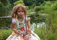 Bellis .. (Kindergartenkinder) Tags: dolls himstedt annette kindergartenkinder essen park gruga bellis