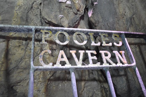 Pooles Cavern sign