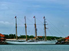 Esmeralda BE-43 (BxHxTxCx (using album)) Tags: kapal kapallaut trainingship kapallatih chileannavy angkatanlautchile armadadechile esmeraldabe43