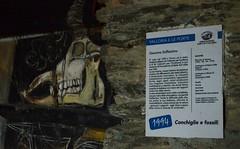 Valloria (113) (Pier Romano) Tags: valloria porte porta dipinta dipinte door doors painted imperia liguria italia italy nikon d5100 paese town dolcedo artisti pittori