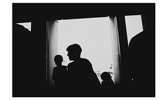 Unstille (partis90) Tags: ricoh gr 18mm lens sw monochrome schwarzweiss people city street photography
