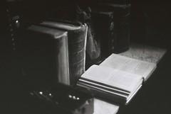 Books (goodfella2459) Tags: nikon f4 af nikkor 50mm f14d lens kodak trix 400 35mm black white film analog books desk sherlock holmes museum 221b baker street sir arthur conan doyle john watson london milf