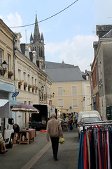 March du mercredi (K. Sakulku) Tags: france sillleguillaume market church march man paysdelaloire people sill local locale
