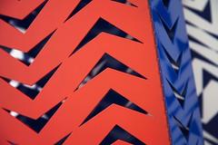 Chevrons (Gerard Hermand) Tags: 1609184567 gerardhermand france paris canon eos5dmarkii formatpaysage c42 citron champslyses orange bleu blue metal