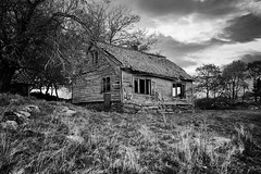 The haunted house (ivind Mjelde) Tags: fujifilm xt2 blackandwhite monocrome