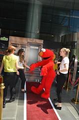 Elmo dancing with girls - Sesame Street Australia Post Meet and Greet 2016 (avlxyz) Tags: elmo sesamestreet australiapost