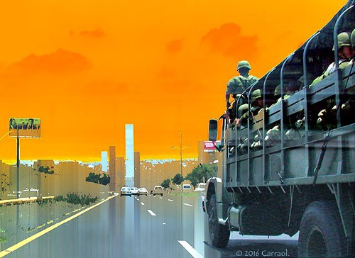 Manu militari. #trucks #streets #highway #soldiers  #ciudadsatelite #citydailyphoto #igers #yeshuffpost #thinkmexican #igersoftheday #artmodern #WorldsGreatestArt #magicgallery #canon #canonmx #canonmexicana #goforit #thecuratedcollective #huffpostgram #I