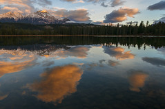 Surface clouds (Len Langevin) Tags: jasper alberta canada sunrise reflection nature landscape lake water rocky mountains rockies clouds scenery nikon d300s tokina 1116