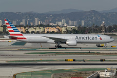 American / B773 / N719AN / KLAX (_Wouter Cooremans) Tags: klax lax los angeles losangeles losangelesinternationalairport spotting spotter avgeek aviation airplanespotting american b773 n719an