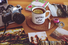 Monday (minzemond) Tags: film canonae1 canon ae1 cup tea tee monday morning morgen photos print printing warm cozy table tisch work working photograph