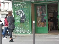 Hadopi : kill yourself ! (tofz4u) Tags: street people streetart paris caf bar stencil rue sampsa pochoir bistrot artderue 75011
