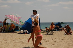 Volleyball on Hollywood Beach 131 (Lautermilch) Tags: people woman hot sexy ass beach beauty fashion lady female 50mm model nikon women breasts pretty tits chica legs boobs florida miami outdoor femme curves bra pussy models young bum jeans bikini thong rack volleyball cleavage frau milf southbeach hotlegs tanned gir milfs chicka sportsbra muher miamibikini tightbras