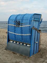 Watch the Horizon (amhop27) Tags: sea beach strand germany deutschland meer balticsea ostsee strandkorb schleswigholstein holstein beachchair grosenbrode