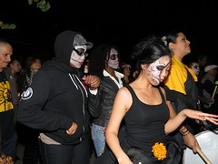 Day of the Dead -SF Mission Nov 2nd 2012 200 (sfmission.com) Tags: sf november souls st project de dead los san francisco rooms day all dia 2nd mission muertos procession 12 marigold 24th 2012