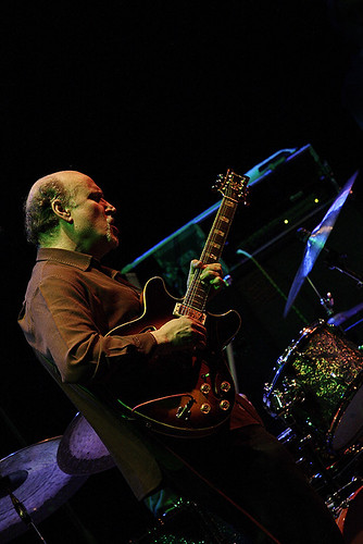 JOHN SCOFIELD TRIO WITH HORNS