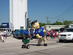 Inflatables | LawnAmerica Mascot