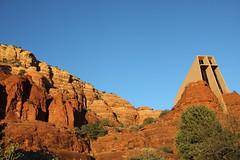 Sedona Views (J Tiffan) Tags: arizona sedona tourist redrocks