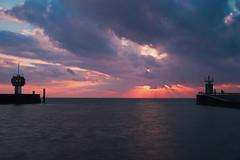 gateway to ocean (JohnnyFlesch) Tags: sunset sun clouds northsea gateway nordsee sonnenstrahlen