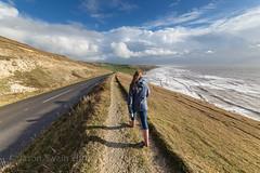 Coastal Walk - IMG_1297 (s0ulsurfing) Tags: uk winter england people cliff cold english beach canon island bay coast britain compton walk january cliffs coastal isleofwight coastline british isle englishchannel wight lamanche 2014 westwight comptonbay s0ulsurfing jasonswain