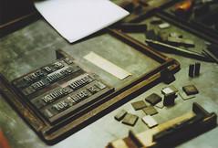 Film 03 – 15 (annilo.) Tags: film metal analog 35mm print typography minolta workshop 35mmfilm printing type analogue fh bielefeld lettern xg1 bleisatz minoltaxg1 liebefeld fhbielefeld