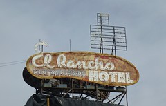 EL RANCHO HOTEL WELLS NEVADA (ussiwojima) Tags: gambling sign advertising hotel neon nevada wells casino gaming elrancho elranchohotel