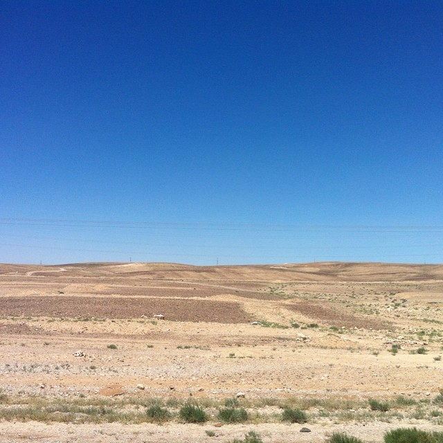 Verso Petra. Deserto.