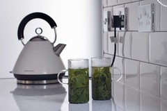 Lemon Balm Tea (haberlea) Tags: white black green kitchen glass garden tea drink kettle cups herm lemonbalm melissaofficinalis