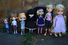 dolly size comparison (Dymphna ) Tags: brown milk doll lily little wilde stock version first dal bean disney collection size imagination pullip blythe custom miss comparison rapunzel chill kiddie ahoy patience cordelia lark tangled animator toner matched rotchan stica megipupu fishknees lauded