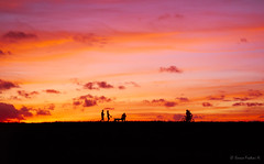 silhouettes at dusk (Ennio Fratini) Tags: florida northamerica usa activities backlight backlighting beautiful beauty biking black cloud color contraluz evening gold golden horizon liberty orange outdoor panorama people silhouette strolling sun sunset trail walking warm yellow
