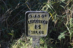 Leicester 13 Miles (lcfcian1) Tags: leicester 13 miles leicester13miles sign gjcc grandunioncanal grand union canal leicestershire waterway water leicestershirecanal autumn wistow kibworth