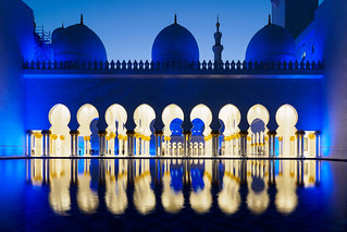 Abu Dhabi Blue Hour - Grand Mosque (2)