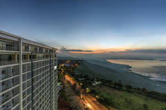 WIND (ChieFer Teodoro) Tags: canon 6d 1635mm 1635 lee filter graduated nuetral density long exposure cityscape landscape wide angle tagaytay city philippines cavite wind residences view taal lake sunrise