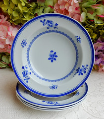 Spode Rimmed Soup Bowls ~ New Stone ~ Gloucester Y2989 (Donna's Collectables) Tags: spode rimmed soup bowls ~ new stone gloucester y2989
