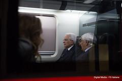 Il Presidente Mattarella a bordo del Frecciarossa (Ferrovie dello Stato Italiane) Tags: mattarella frecciarossa trenitalia fs italiane viaggio presidente