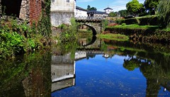 Reflejos en Samos.Lugo. Espaa. (Caty V. mazarias antoranz) Tags: reflejos agua reflections reflectionsinthewater spain espaa varioslugaresdeespaa recorriendoespaa