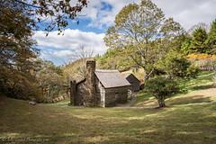 Brinegar Cabin in the Fall (Kelly Lambert Photography) Tags: d7200 nikon seasons nationalpark blueridgemountains blueridgeparkway fall brinegarcabin nc northcarolina