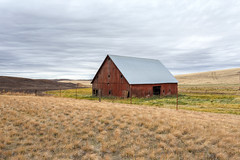 The Old Red Barn (dshoning) Tags: red barn fencefriday grass clouds washington palouse