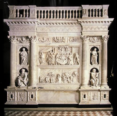 Rivestimento Marmoreo della Santa Casa di Loreto (1509-1578). Parete est