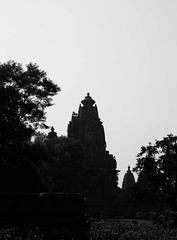 Temple silhoutte (xerx_pictive) Tags: stone carving temples proportion shapes