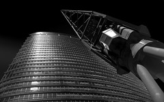 Crane your neck @londonlights (London Lights) Tags: londonlights craneyourneck london lights londres londra blackandwhite monochrome monochromemonday noiretblanc