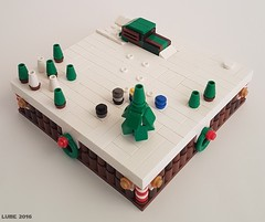 The Griswolds Christmas tree2 (Lub3e) Tags: lego microscale moc griswolds christmas snow
