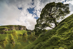 Winnatts Pass (howardedward) Tags: bluesky clouds nature trees landscape countryside beauty sunshine grass freshair